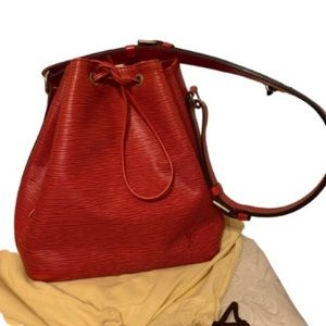 Louis Vuitton Red Epi Noe MM Size